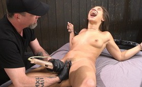 Crazy Bitch Loves to Feel Pain Until to Orgasm