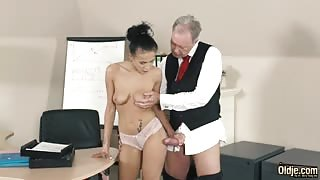 Dirty Secretary Wants to Relax her Boss by Sucking and Fucking his Dick
