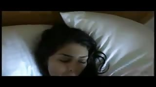 Amateur Indian Teen in her First Sex Tape Video