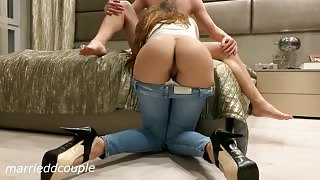 Hot Schoolgirl in Tight Jeans Loves Hard Fuck with Huge Cumshot on her Body