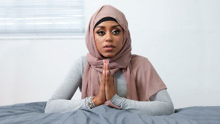 Stunning  Milu Blaze In Hijab Praying For Hard Fuck
